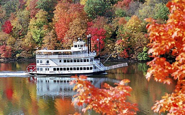 fall sightseeing cruise minneapolis st paul